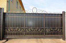 Преимущества кованых откатных ворот